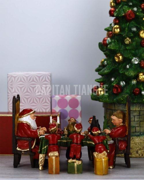 Dapitan Tiangge A Christmas Dinner with Santa and his Elves Christmas Decor